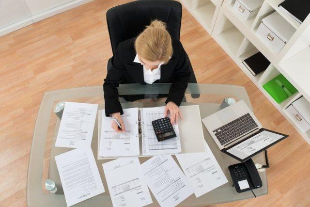 Какие выплаты положены работнику при сокращении по Трудовому кодексу в 2020 и в 2021 году